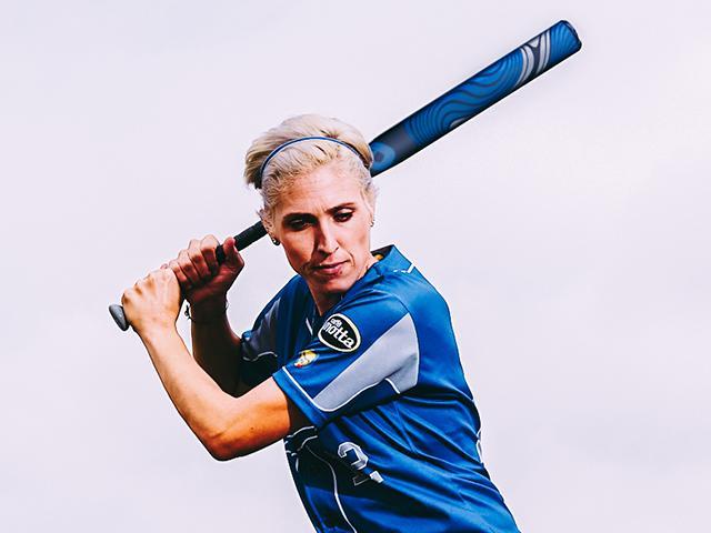 Italy-Softball-Shortstop-Amanda-Fama-DeMarini